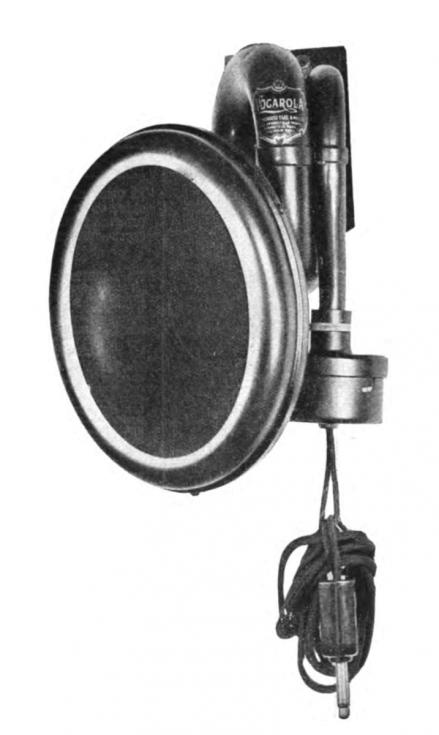 Conradův první rozhlasový mikrofon, který se tehdy ještě nazýval Vocalora