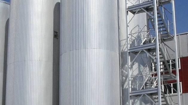 ZVU Potez Hradec Králové realizuje pivovary na klíč.