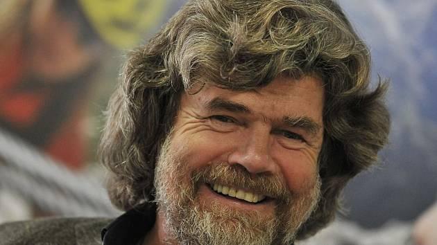 Legendární Reinhold Messner vystoupil na pražském Festivalu alpinismu.