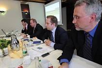 Tisková konference ocelářské skupiny Evraz Group.