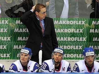 Glen Hanlon vedl slovenskou reprezentaci na MS 2010.