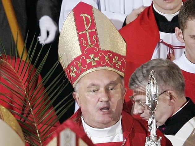 Varšavské arcidiecéze se dnes ujal nový arcibiskup Kazimierz Nycz.