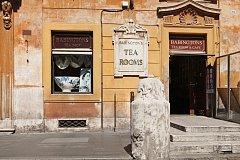 Proslulá čajovna Babington's Tea Room pod Španělskými schody