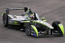 Nelson Piquet mladší se stal mistrem světa ve formuli E.