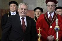 Prezident Miloš Zeman se v pražském Karolinu zúčastnil inaugurace nového rektora Univerzity Karlovy.