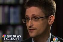 Bývalý analytik americké tajné služby NSA Edward Snowden v rozhovoru s americkou televizní stanicí NBC.