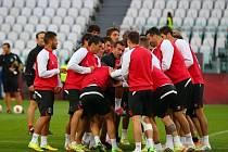 Sevilla během tréninku na finále Evropské ligy