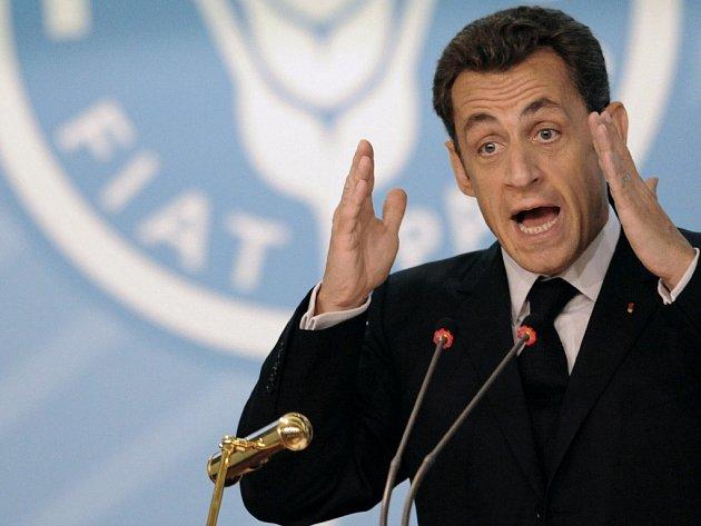 Francouzský prezident Nicolas Sarkozy hovoří na summitu OSN v Římě.