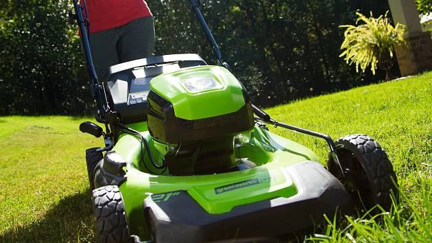 AKU zahradní techni má v Mountfieldu zelenou