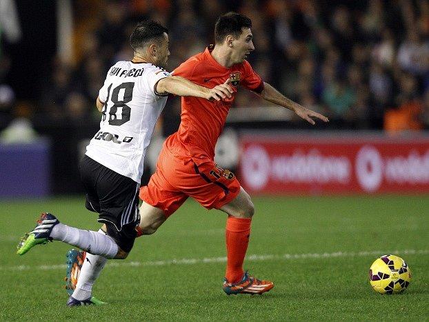 Lionel Messi v zápase proti Valencii