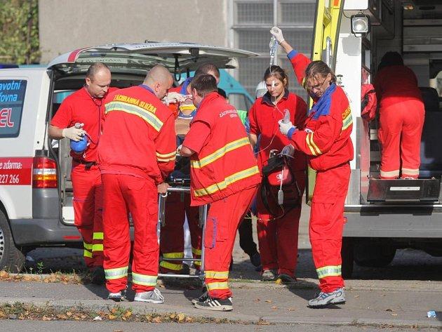 V průběhu závodu, dvacet minut po čtrnácté hodině, vletělo závodní auto mezi diváky. Tři lidé byli zranění, jeden později v nemocnici zemřel.
