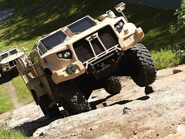 Oshkosh JLTV nahradí v americké armádě vozy Humvee.