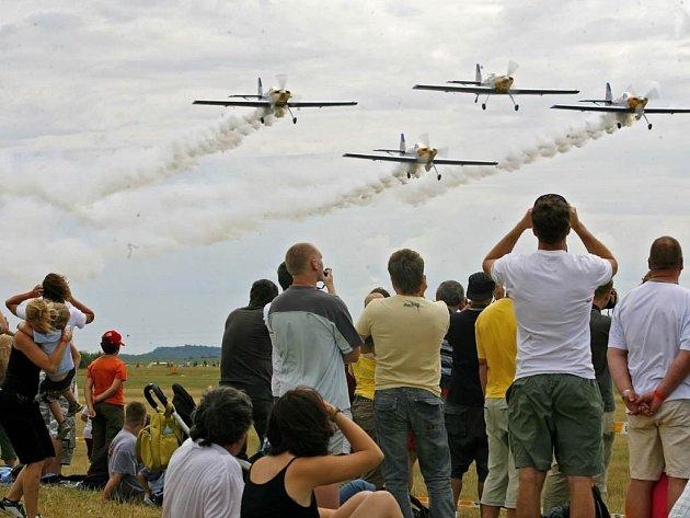 Mezinárodní letecká show v Roudnici nad Labem