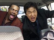 Chris Tucker i Jackie Chan ztratili poslední zbytky soudnosti a před diváky se už jen více či méně nedůstojně pitvoří.