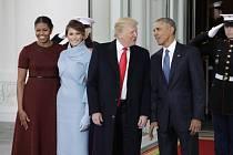Setkání Baracka Obamy a Donalda Trumpa. Přítomny jsou i Michelle Obamová a Melanie Trumpová