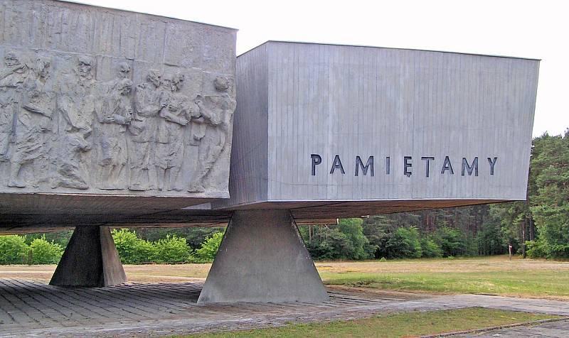 Památník vyhlazovacího tábora v Chelmnu