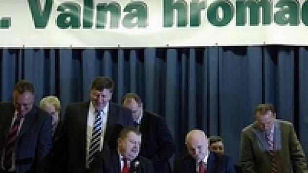 Vlastimil Košťál, Jaroslav Vacek, Jan Obst, Pavel Mokrý, Miroslav Vrzáček a Dalibor Kučera