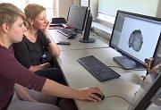 Katerina Harvati z německé univerzity chce vytvořit CT sken úlomku