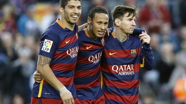Hvězdné trio Barcelony (zleva) Luis Suárez, Neymar a Lionel Messi vystřílelo výhru nad San Sebastianem.