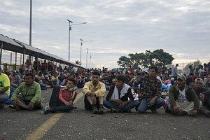 Karavana migrantů z Hondurasu.