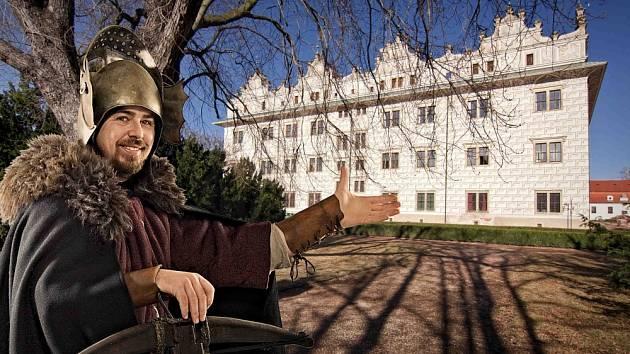 Informační centrum v Litomyšli pro letošní sezónu nabízí turistům tradiční i netradiční průvodcovské služby.