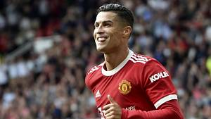 Cristiano Ronaldo v prvním utkání za Manchester United.