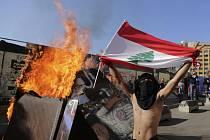 Protivládní demonstrace v Bejrútu