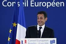 Žádná Lisabonská smlouva? S expanzí unie je konec, prohlásil Sarkozy.