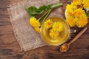 Pokud se rozhodnete pro celkovou detoxikaci těla, dbejte na pitný režim. Pijte hlavně čistou vodu nebo bylinkové čaje.