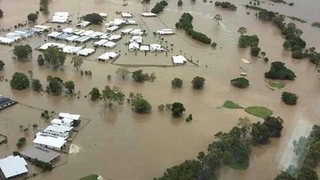 Povodně sužují australské město Townsville