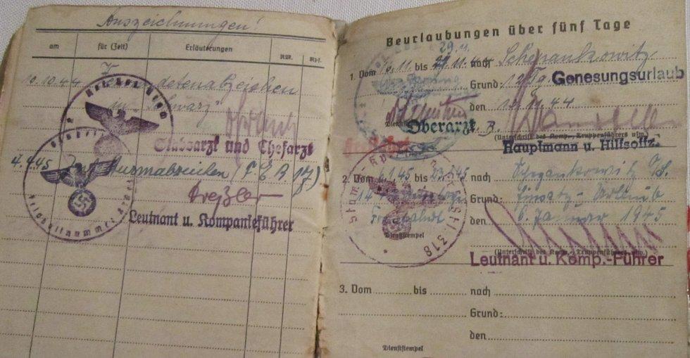 Vojenská knížka Adolfa Kůrky