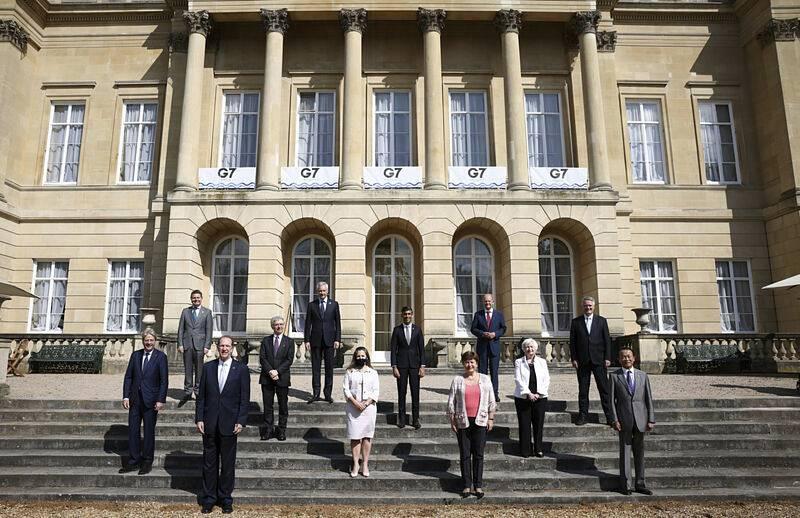 Zástupci zemí ze skupiny G7