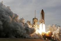 Start raketoplánu Endeavour