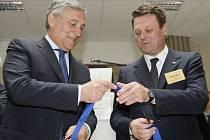 Na snímku zleva místopředseda Evropské komise pro průmysl a podnikání Antonio Tajani a výkonný ředitel GSA Carlo des Dorides
