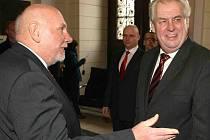 Prezident Zeman navštívil v březnu Ústavní soud