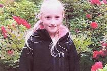 Na výzvu otce pohřešované devítileté Anny Janatkové z Prahy, který nabídl případným únoscům 3,5 milionu korun, pokud dívku do poledne v neděli 17. října 2010 propustí na svobodu, dosud podle mluvčí pražské policie Andrey Zoulové nikdo nezareagoval.