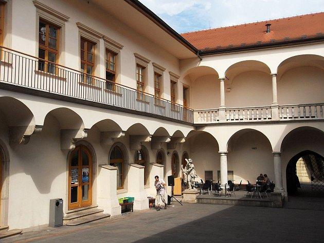 Dům pánů z Kunštátu v dominikánské ulici v Brně