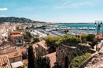 Na filmy do Cannes (na snímku): loni tu slavily úspěch Bolest a sláva a První zrádce.