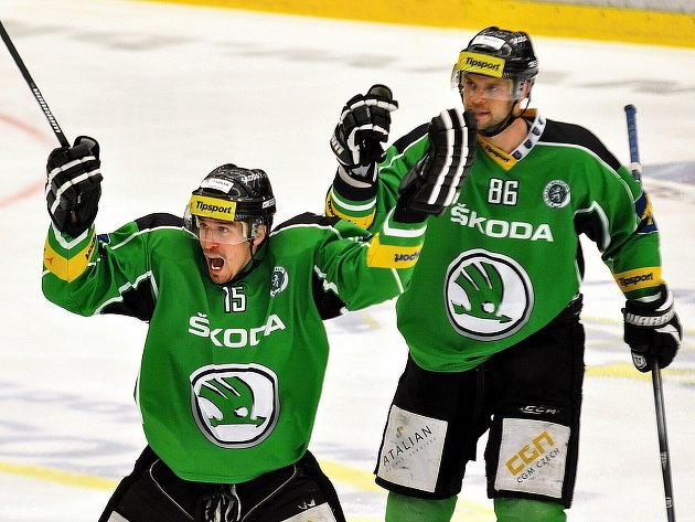 Hokejisté Mladé Boleslavi zvítězili ve druhém utkání baráže o extraligu nad Chomutovem 6:2 a vyrovnali stav série na 1:1.