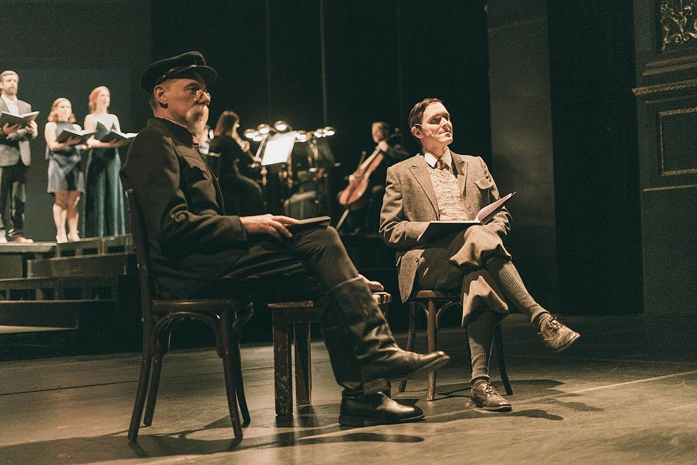 Jan Unger jako T. G. Masaryk aKarel Heřmánek ml. coby Karel Čapek ve hře Masaryk vAmerice.