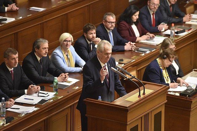 Prezident Miloš Zeman během proslovu v Poslanecké sněmovně před hlasováním o důvěře vlády.