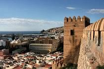 Andaluská provincie Almería se rozprostírá na jihovýchodním pobřeží Středozemního moře.