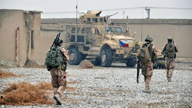 3fe0bf39b434 Tři čeští vojáci zemřeli při sebevražedném útoku v Afghánistánu ...