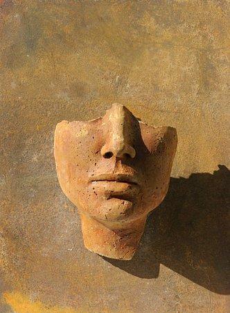 Francouzka Béatrice Bizot, která si dopisovala sKolářem, se nakonec nestala novinářkou, ale sochařkou.