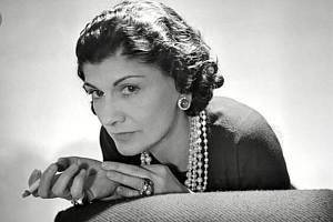 Módní návrhářka Coco Chanel