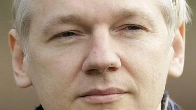 Spoluzakladatel serveru WikiLeaks Julian Assange
