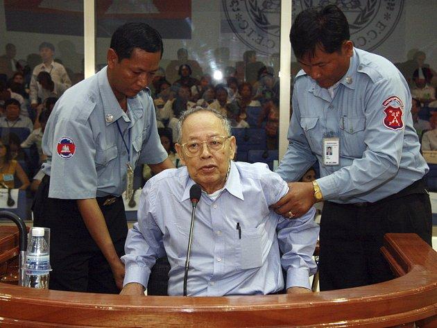 Jeden z nejhorších vůdců někdejších Rudých Khmerů Ieng Sary se odvolal proti svému zadržení.