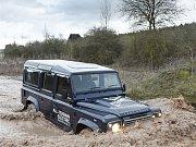 Land Rover Defender s elektromotorem