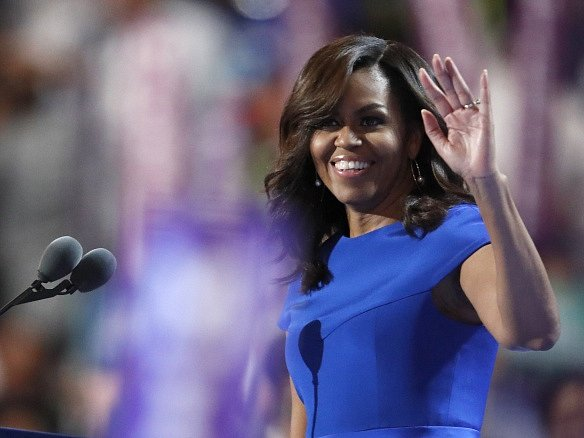 Projev americké první dámy Michelle Obamové první den nominačního sjezdu demokratů si celkově vysloužil pochvalu.