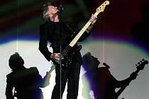 Baskytarista, zpěvák a skladatel Roger Waters